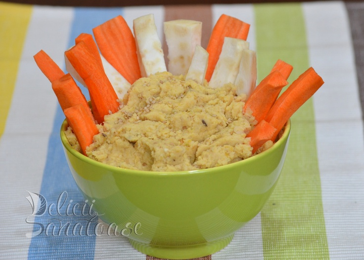 Chickpea pate with vegetable sticks @DeliciiSanatoas