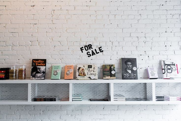 Happy Bones is a sweet little coffee shop to inspire and energize New Yorkers with the best coffee in a space filled with amazing local art and interesting publications from around the world. 394 Broome Street, New York, NY 10013