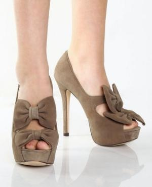 Steve Madden Propperr Taupe Suede Double Bow Platform Heels - $99.00