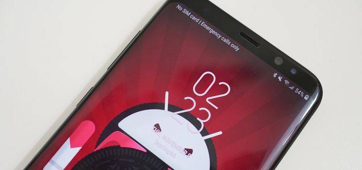 Galaxy S8 Oreo Update: Lock Screen Clock Now Matches Wallpaper Color    The Galaxy S8 Oreo Beta has been out for just over a week now. Over that time, we've taken a look at some of the best new features and improvements. One area of smartphone software that never gets muc   https://android.gadgethacks.com/news/galaxy-s8-oreo-update-lock-screen-clock-now-matches-wallpaper-color-0181068/