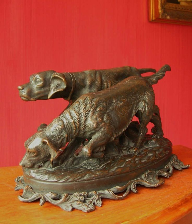 Pair Of Hunting Dogs Statue In Bronze