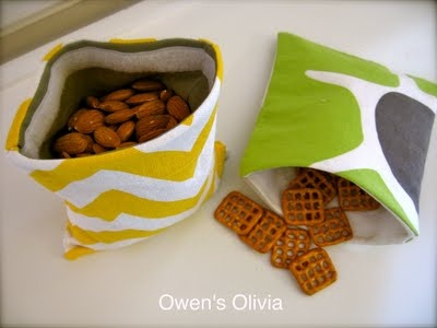 Reusable snack bags - looks cute with a seam right under the velcro...wanna make a ton of these!