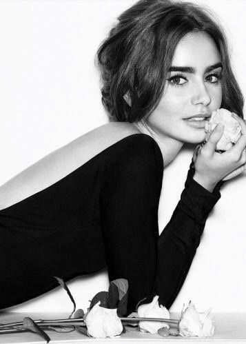 Lily Collins Net Worth in 2020 | Lily collins, Lilly ...