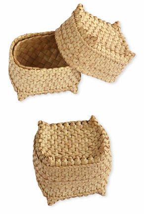 Flores baskets at Threads of Life Gallery