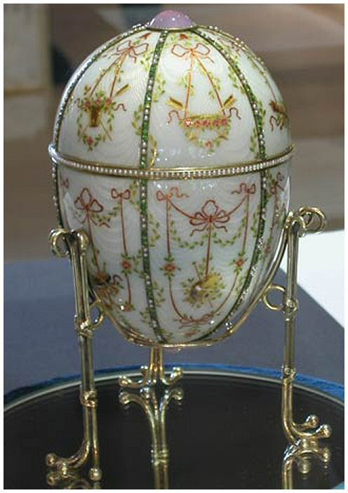 The 1903 Kelch Bonbonniere Egg. Presented by Alexander Kelch to his wife Barbara. The surprise inside was a dark agate bonbonniere box, with a portrait diamond on top and inside a miniature egg that echoed the design on the larger egg.