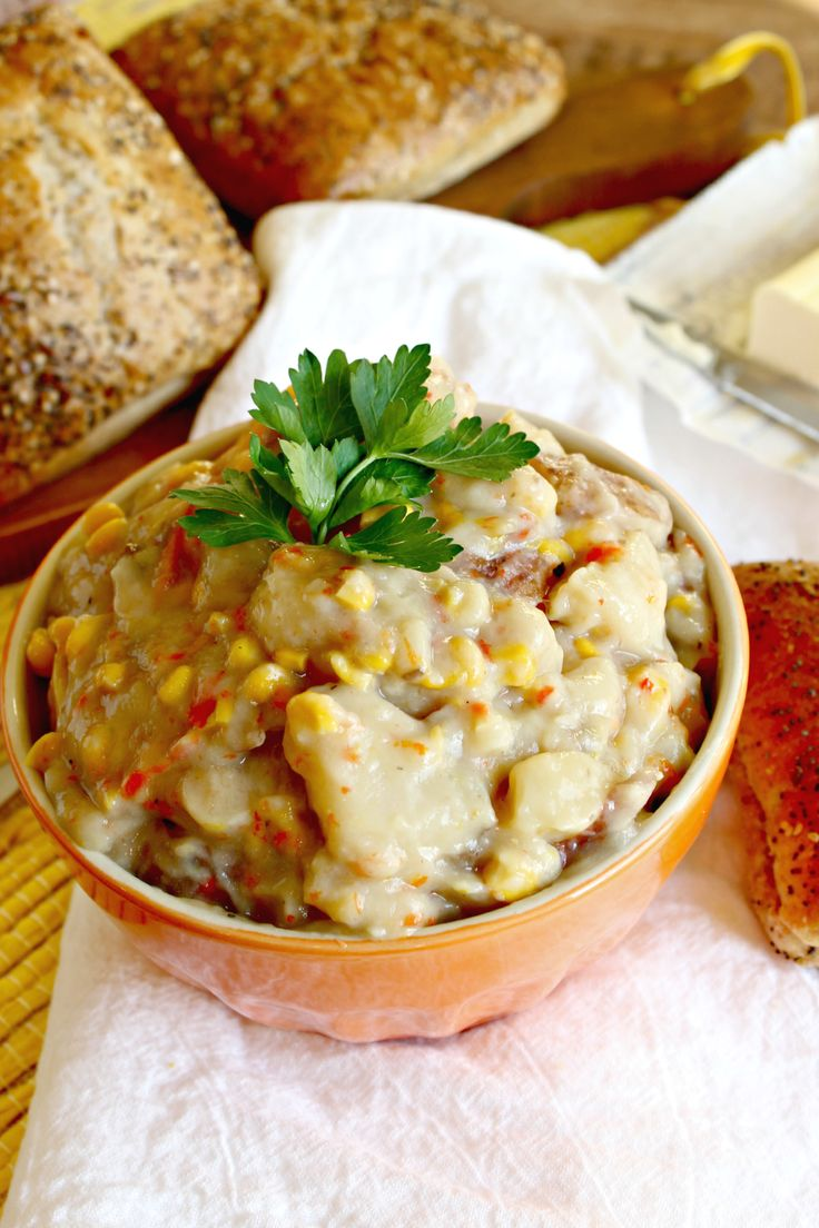 ... } Red Potato Soup with corn and peppers - uses cream of mushroom soup