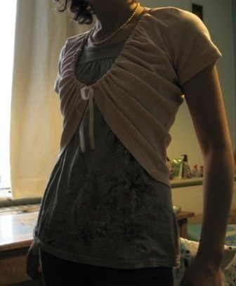 WOW cool look at this...it is a t-shirt cut made into a shrug...now why didn't I think of this??  Thanks Kathy