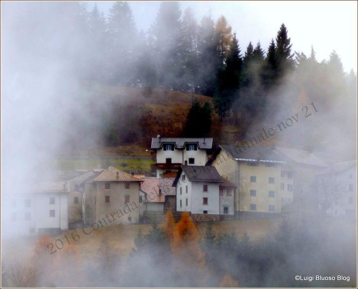 Località Perpruneri (TN) avvolta nella nebbia autunnale - by L.Spagnolo