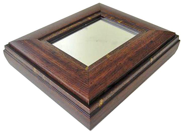 Ξύλινη αντικέ καρυδί μπιζουτιέρα με λεπτομέρειες σε χρυσό,τετράγωνη  με καθρέφτη διαστάσεων  25Χ25cm.                   www.peritexno.com