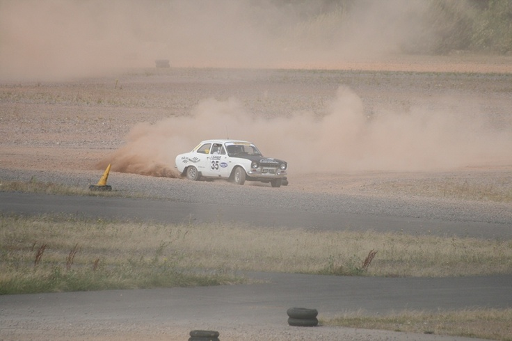 Sporting Bears 2012. Ford Mexico - looking like it is on the safari rally