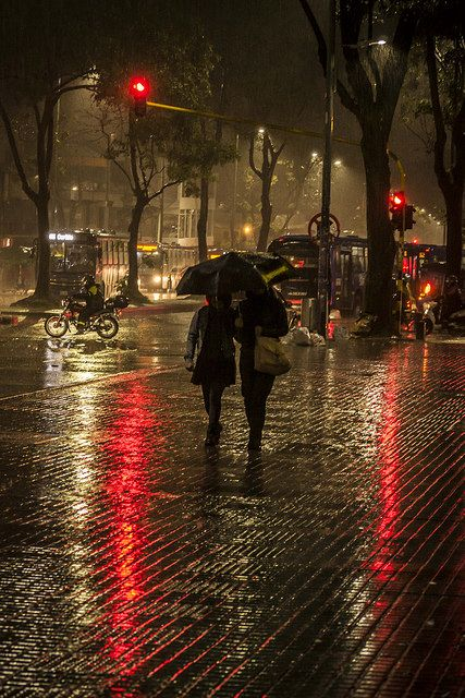 .Rainy Day - Noches frías Bogotanas | by Camilo ARA