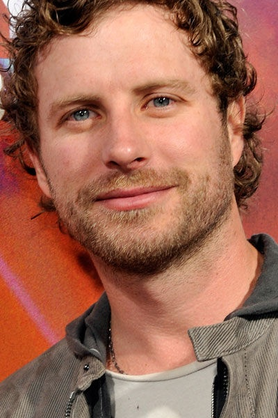 Dierks Bentley saw him August 11, 2014/ Feburary 2008/ June 2008. Can't get enuf!