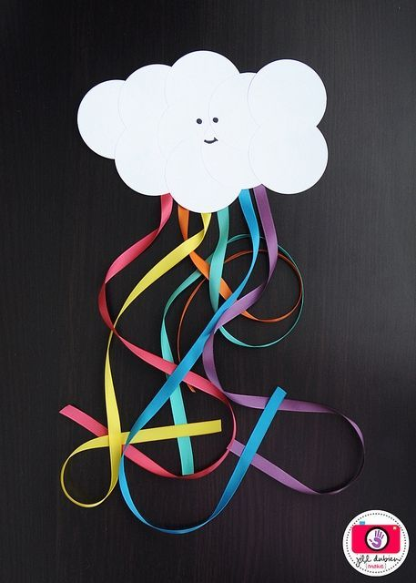 kids' cloud and rainbow craft idea