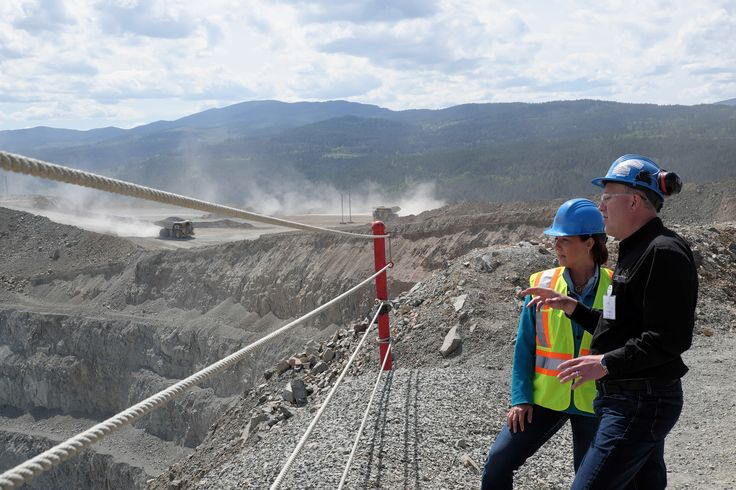 The ramshackle regulatory system governing B.C.'s mining industry is profoundly dysfunctional and the public has lost confidence in the province's ability to protect the environment and communities from poor mining activities, says a new report from the University of Victoria's Environmental Law