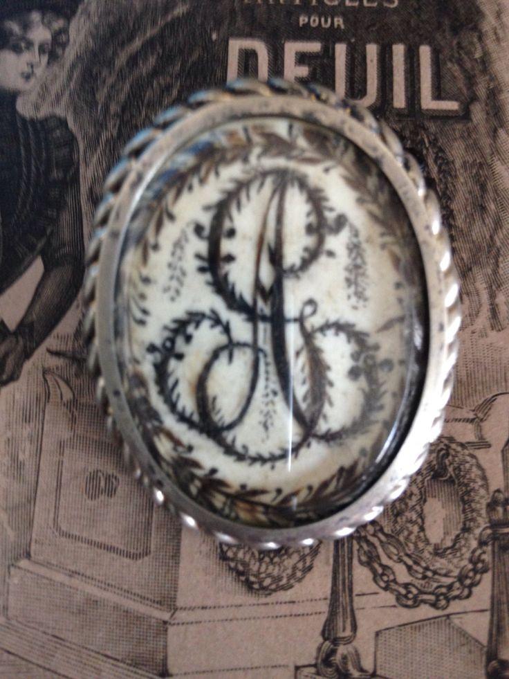Le chouchou de ma boutique https://www.etsy.com/fr/listing/399685389/antique-french-victorian-sentimental-or