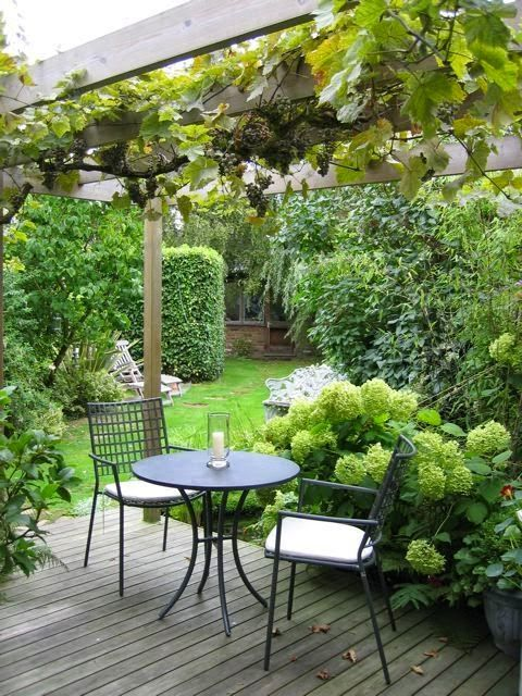 Old House Garden Love to have a cup of tea and co...