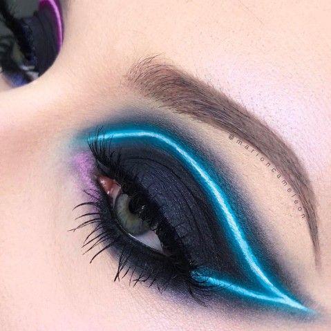 Maquiagem que imita luz neon