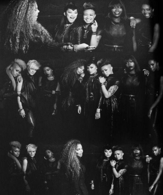 Janet Jackson ♔ Unbreakable Tour Book.