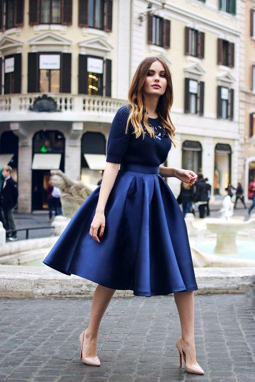 Breakfast at boutique - Пышная юбка миди в темно-синем цвете