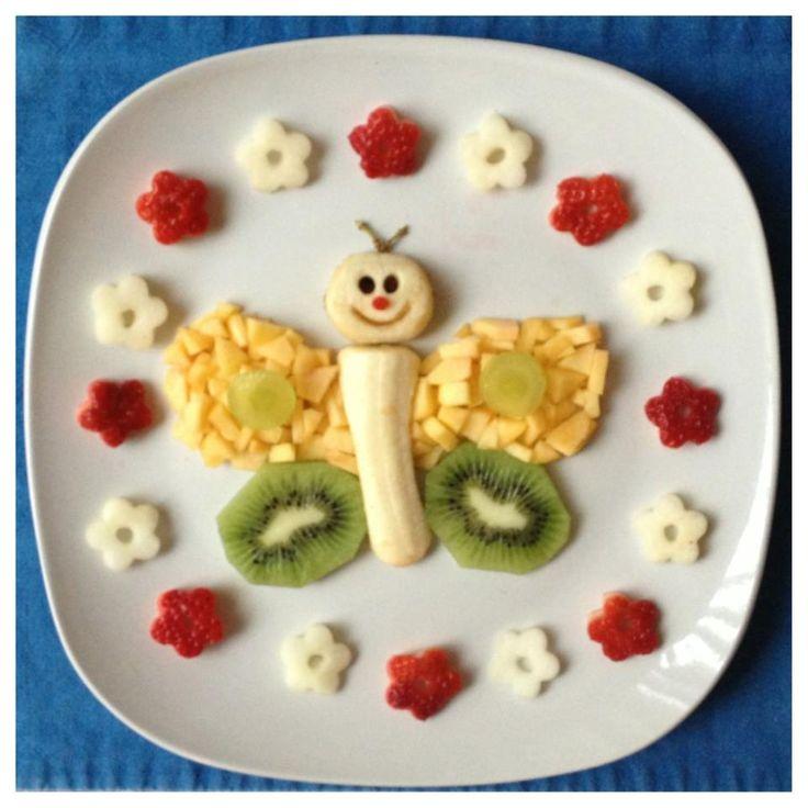 Сплошные витамины в сытном и полезном детском фруктовом десерте из банана, киви, авокадо и ягод.