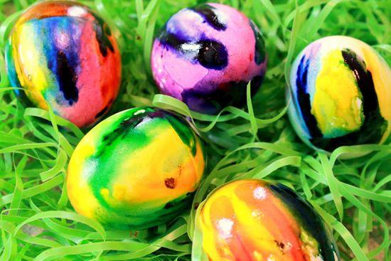 Egg Decorating for Kids – Spring Egg Crafts – Easter ideas for preschoolers | Small for Big