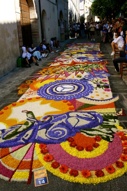 Floral Tapestries are displayed through the streets in the historic center of the historic village of Spello (annual festival - the 9th Sunday following Easter)