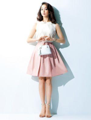 ピンクスカートを使ったコーデ可愛い♡年中使えるアイテム!|MARBLE [マーブル]