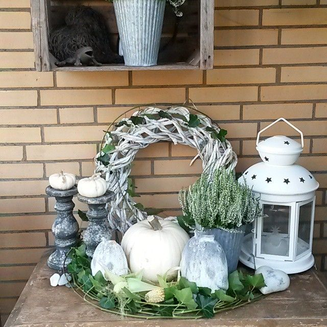 #Herbst #Höst #Fall #Autumn #Deco #Outdoor #White #Pumpkins #Laterne #Stars…