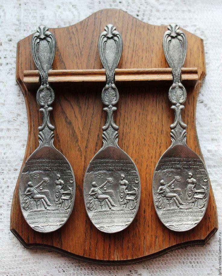 Купить Сувенирные оловянные ложки на подставке Германия - серебряный, ложка, оловянный купить, оловянная свадьба
