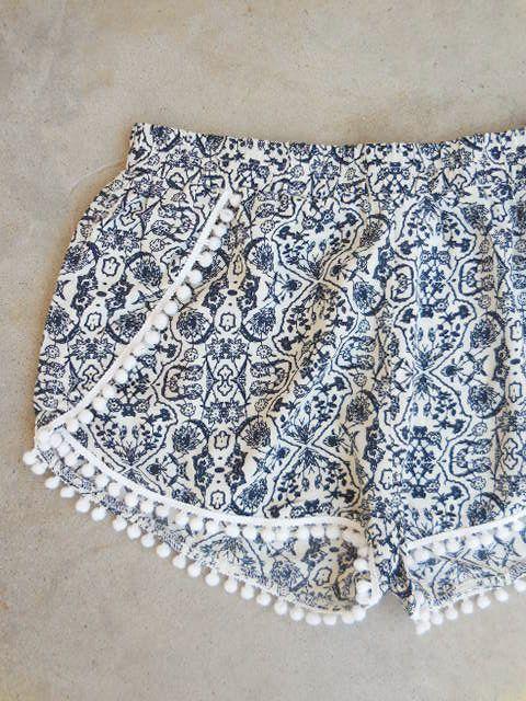 Seaside Shorts in Navy Pom Pom