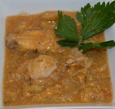 Surinaamse soepen eet je het hele jaar door. Dat betekend weer een heerlijke surinaamse soep maken en wel Griti Bana soep. Je kan de soep zo luxe maken als je zelf wilt maar een simpele versie is natuurlijk ook mogelijk. Ik beschrijf hieronder de simpele versie met niet al te veel vlees erdoorheen. Onderstaand recept…