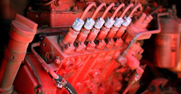 Cómo instalar los cables de las bujías en un Chevy. Los cables de las bujías del Chevy se deben cambiar cada 30.000 millas (48.000 km). Son responsables de enviar una carga eléctrica del distribuidor eléctrico a las bujías en el motor. Cuando se envía una chispa insuficiente, el motor no funcionará correctamente y puedes experimentar problemas o tu vehículo podría no encender. Cuando esto sucede, ...