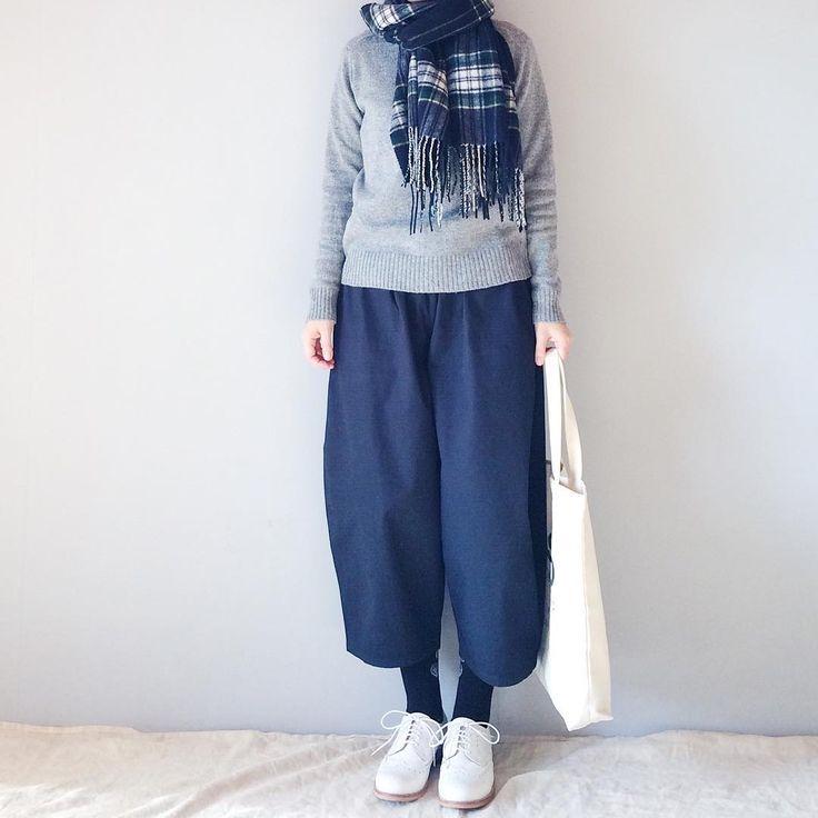いいね!1,718件、コメント1件 ― ayako.さん(@and___walk)のInstagramアカウント: 「⁺ ଂ⁺ ・ ・ GUポケニットばかり着ています ・ ・ ・ #coordinate #instafashion #outfit #ootd #fashion #着画 #着画くらぶ…」