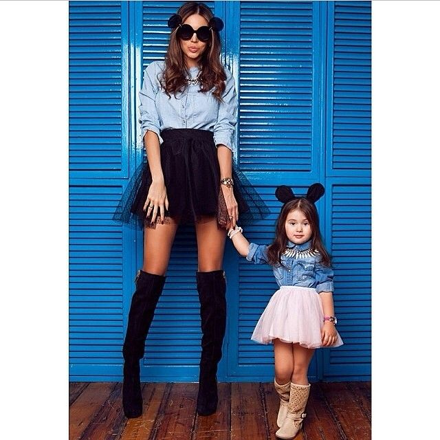 This is just adorableeeee @samoylovaoxana MOMMY & Me Pic  JOIN www.FashionClimaxx.com & SHARE YOUR STYLE. #FCkids --------------------------------------- Me encanto esta foto de MAMA è hija UNETE A www.FashionClimaxx.com y COMPARTE TU ESTILO  #FCKIDS - @fashionclimaxx2- #webstagram