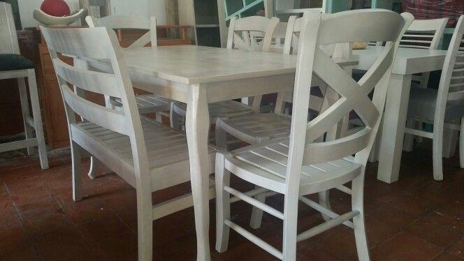 Comedor en gris claro vintage mesa de de largo por for Comedor gris vintage