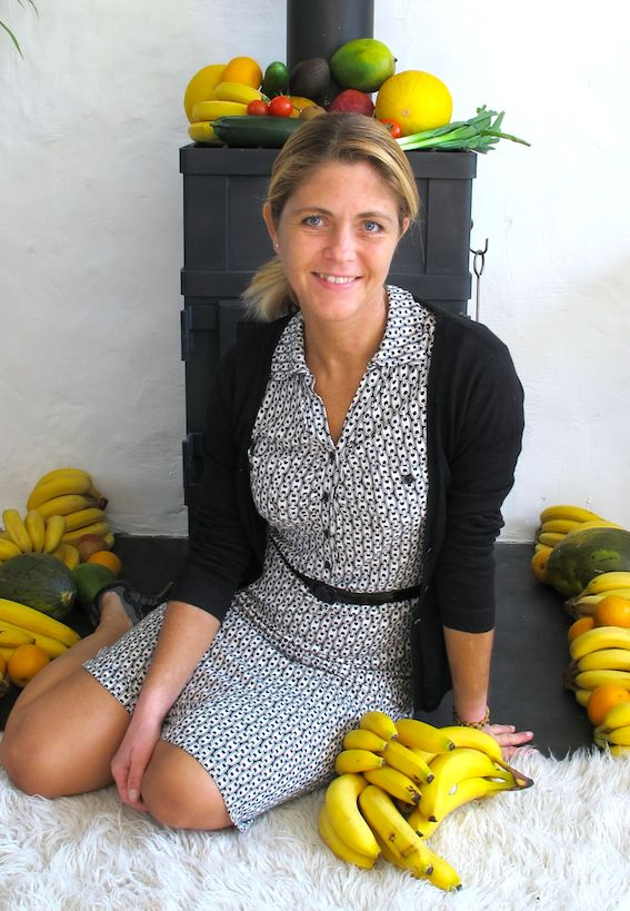 Fruitylou has been eating a fruit based diet since 2009 and cured herself from an endless list of diseases. She also eats raw vegetables and green smoothies. Go check out her amazing story of recovery here http://www.fruitylou.com/about-me/. Get my 'Top 5 Tips' for regaining your health naturally: http://www.fruitylou.com/top-5-tips/