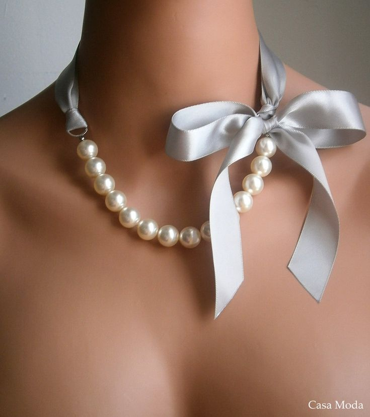 Pearl & Ribbon Necklace