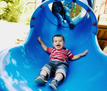 Worth Repeating: 8 Ways to Work on Motor Skills at the Park  -  Pinned by @PediaStaff – Please Visit http://ht.ly/63sNt for all our pediatric therapy pins