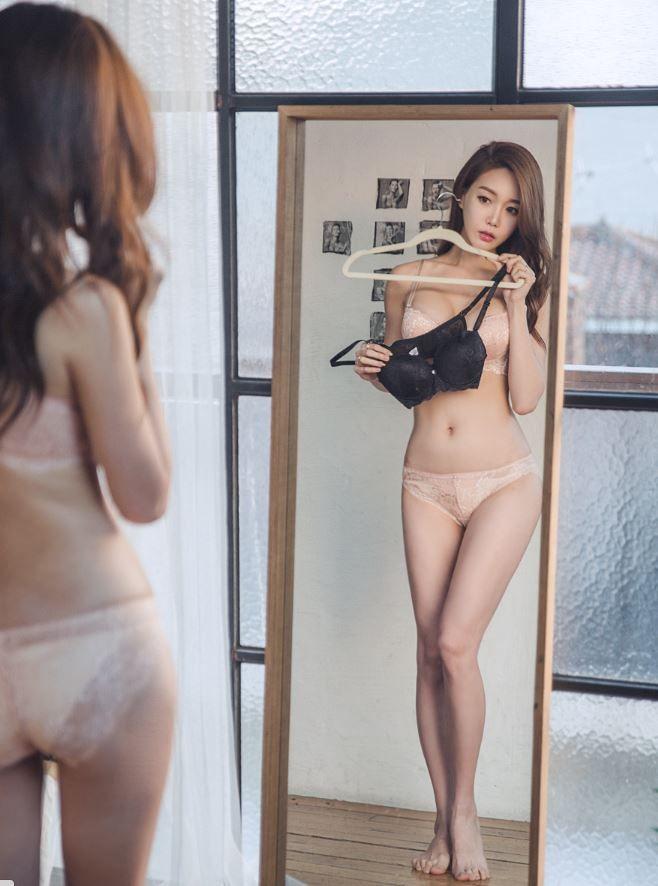 원더 시크릿 브라 스킨 블랙#black#skin#mirror#photo#model