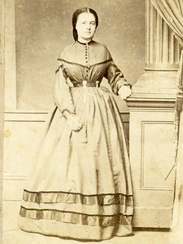 CIVIL WAR CDV YOUNG LADY BY PULLEN OF ROCKPORT INDIANA WITH REVENUE STAMP
