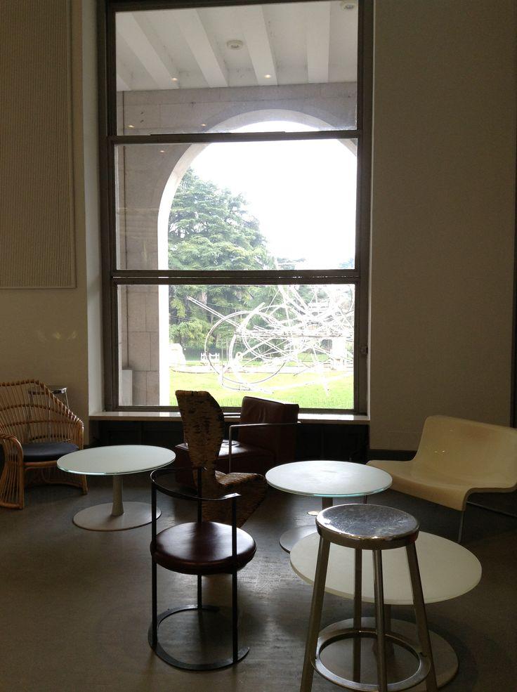 Caffe' della Triennale, la domenica mattina.  MB Photo.