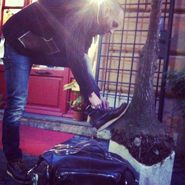Scandinavian mood: shoes #RedWing, jeans #Edwin, knitwear #RobertoCollina, bag #GiorgioBrato
