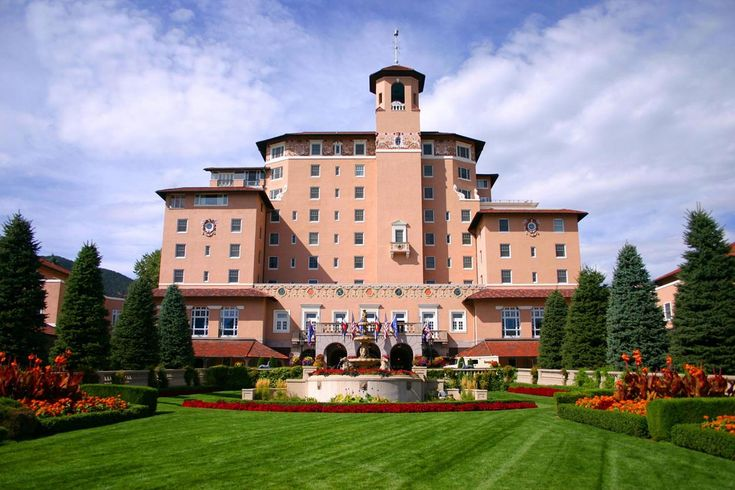 Colorado Vacation Packages for locals The Broadmoor | Colorado Springs Resorts