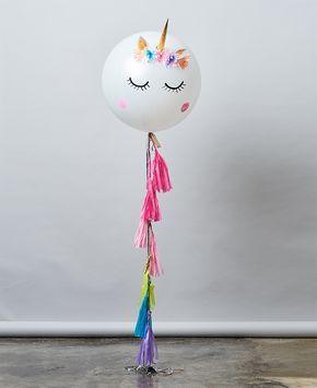 Globo de latex inflado con helio Incluye colgante de papel y caja UNELEFANTE. ¡Personalízalo!