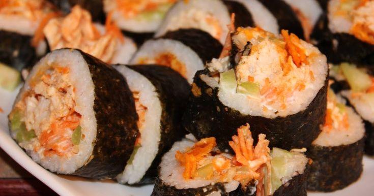 Sushi Poulet Buffalo, doritos et sauce ranch Pour 2 rouleaux Source: Délices & Confession Sauce Ranch maison (ou utilisez ce...