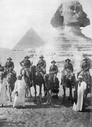 ANZACs pose in front of the Sphinx while on leave during WWI.