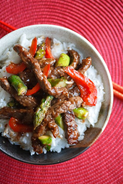 Skip the takeout! This easy, healthy beef and asparagus stir fry recipe comes together in the time it takes for the local Chinese place to deliver.