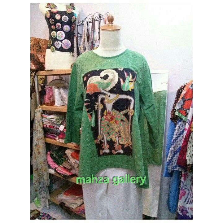 Blouse cotton doby with batik wayang