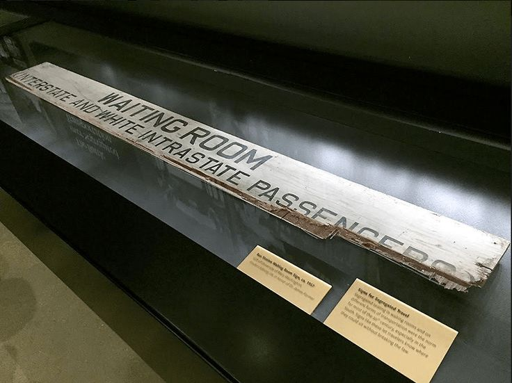 By SADIE ROBERTS  African American history is American history, and the University of Mary Washington highlighted just how important this history is by its recent donation to The Smithsonian's Na…
