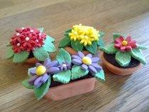 Flower pot cupcakes: Cupcakes Muffins, Gardens Retirement, Cakes Ideas, Flowers Pots, Creative Cakes, Fondant Flowers, Retirement Cakes, Cupcakes Rosa-Choqu, Pots Cupcakes